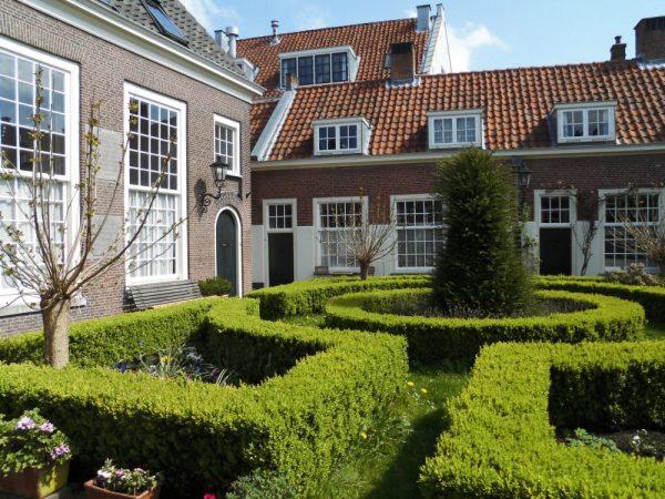 mm Leiden